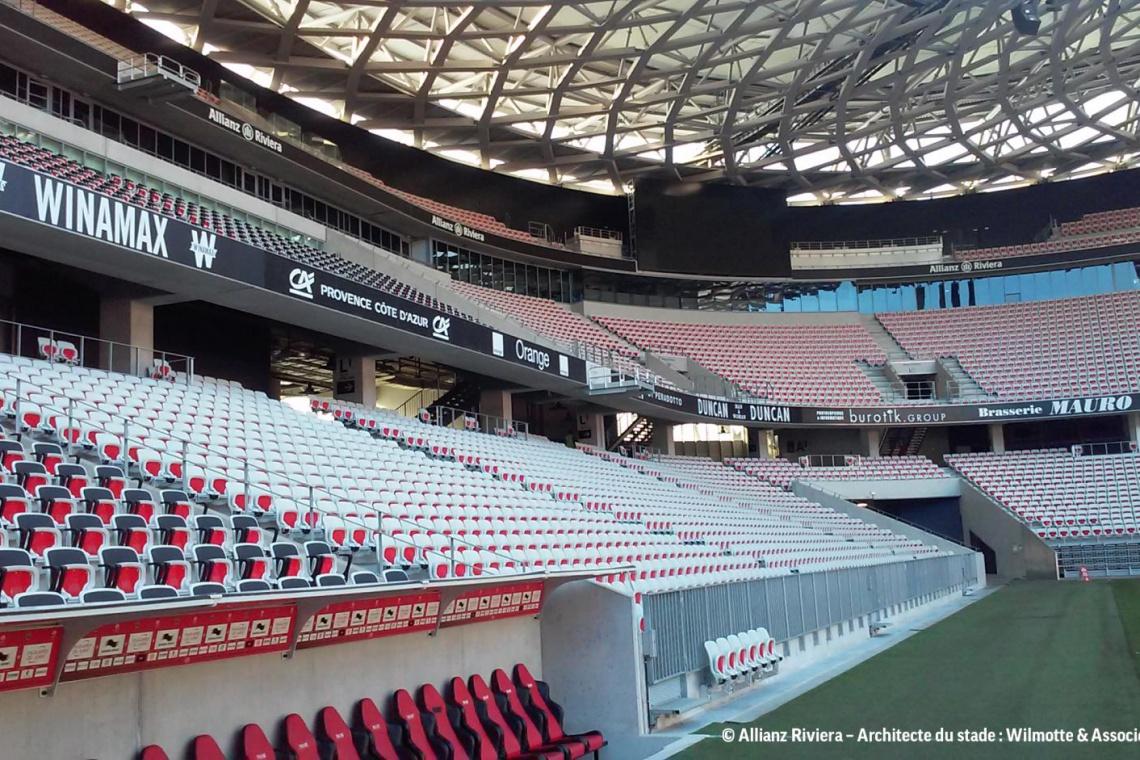 Krzesła Grupy Nowy Styl na stadionach w Katarze