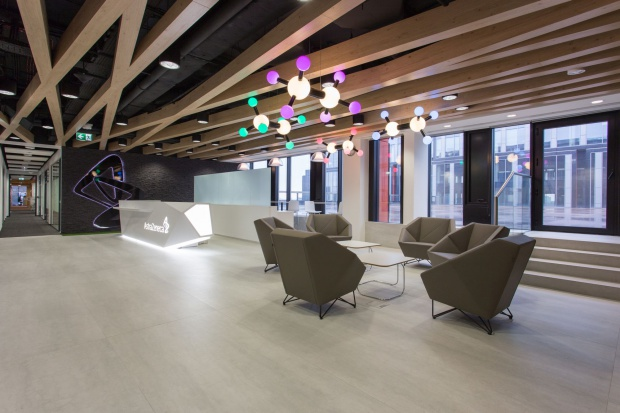 Astra Zeneca Pharma Poland - komfort i funkcjonalność w open space