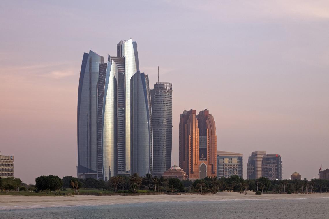 Etihad Towers niczym awangardowe dzieło sztuki