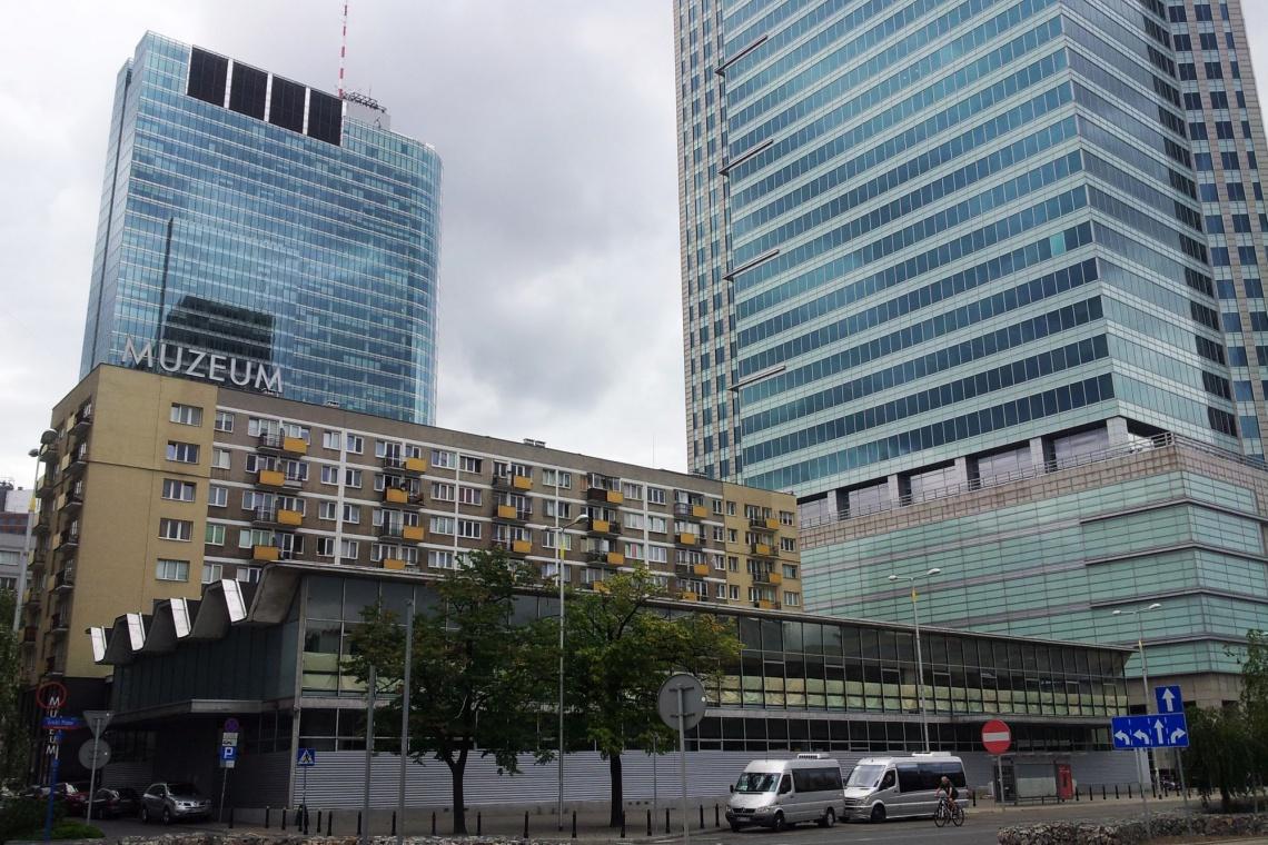 Barbara Jezierska: Wpis do rejestru zabytków nie wyklucza przeniesienia pawilonu Emilia