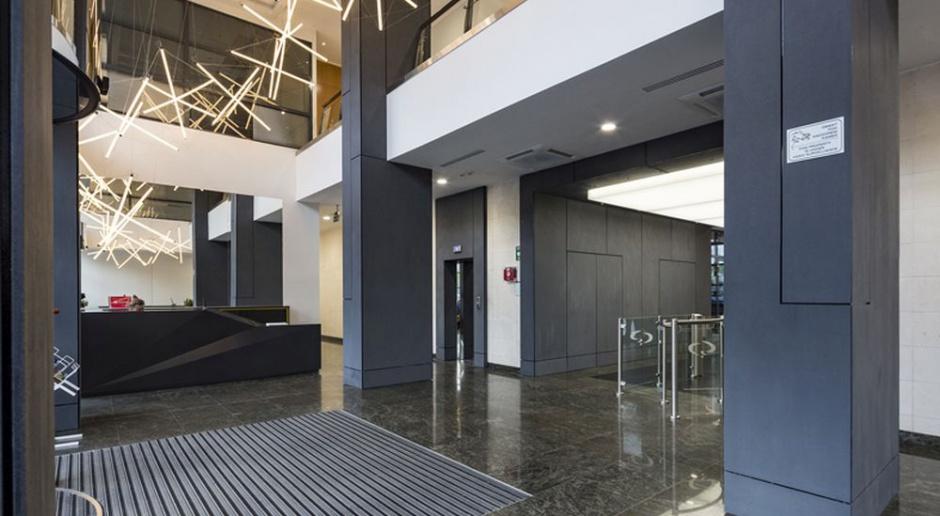 Metamorfoza lobby Saski Point według projektu Grupy Plus