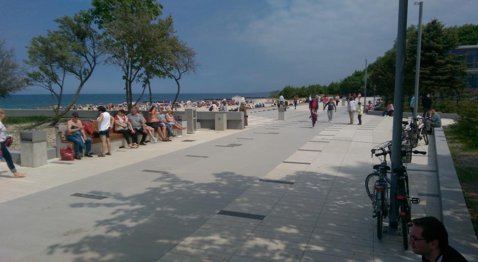 Do Kołobrzegu zawitały spersonifikowane rzeźby mew, tzw. Mariany