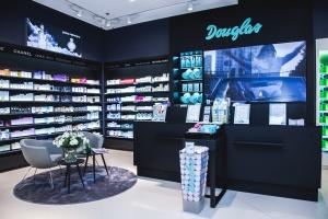 Perfumeria Douglas w nowoczesnym koncepcie