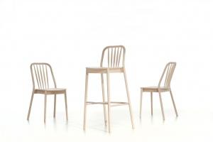 Krzesła gięte, czyli wizytówka Pagedu