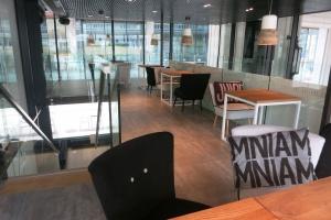 Zaglądamy do wnętrza Frankie's. To nowy koncept gastronomiczny w centrum Warszawy