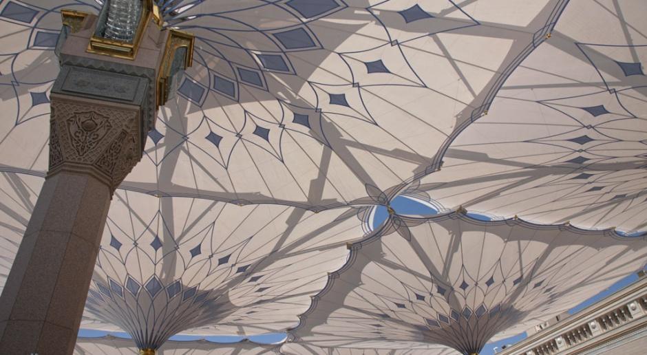 Parasole w architekturze? Niezwykły projekt niemieckich architektów