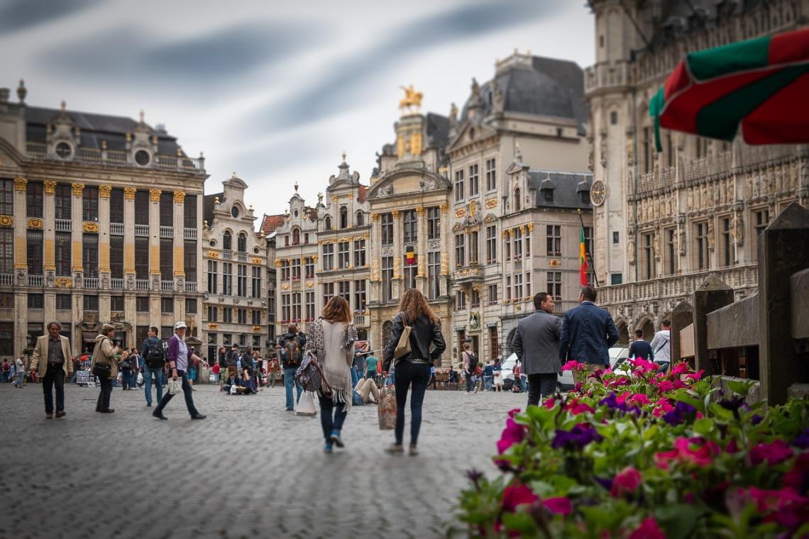 Kwiatowy dywan znów na Grand Place w Brukseli