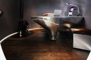 Biuro z kosmicznym polotem