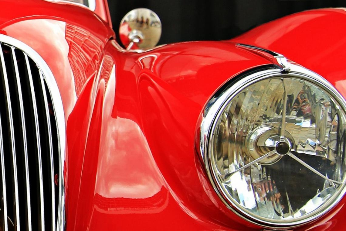 Takiego salonu marek Jaguar i Land Rover jeszcze nie było
