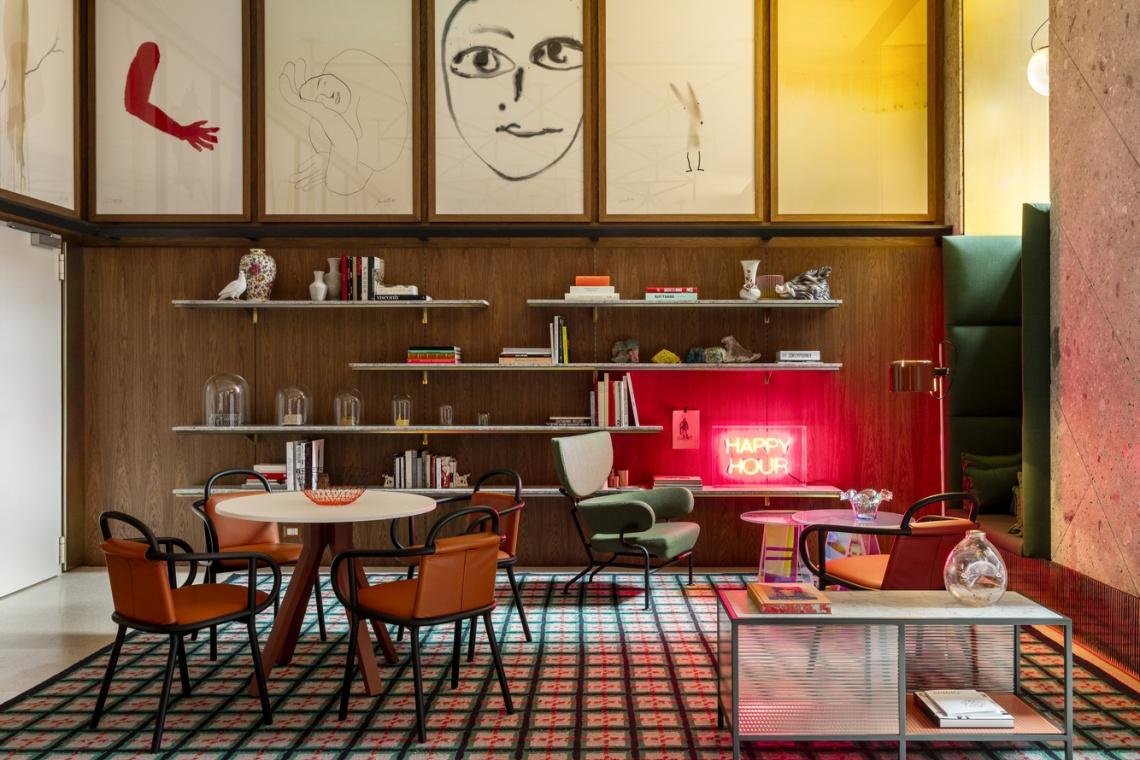 Mediolańska ironia w hotelu, który zaprojektowała Patricia Urquiola