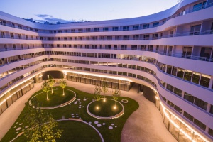 W futurystycznym OVO Wrocław powstaje restauracja słynnej top modelki