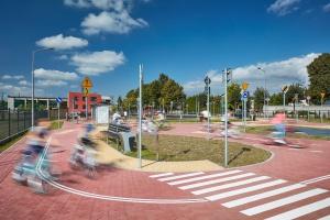 Miasteczko ruchu w Łękińsku - edukacyjnie i rodzinnie