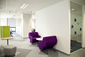 Biuro, które wymyślali pracownicy - dominują komfort i elastyczność
