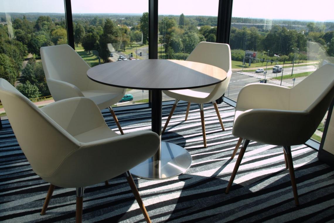 Designerskie wykładziny w najnowszym polskim hotelu Holiday Inn