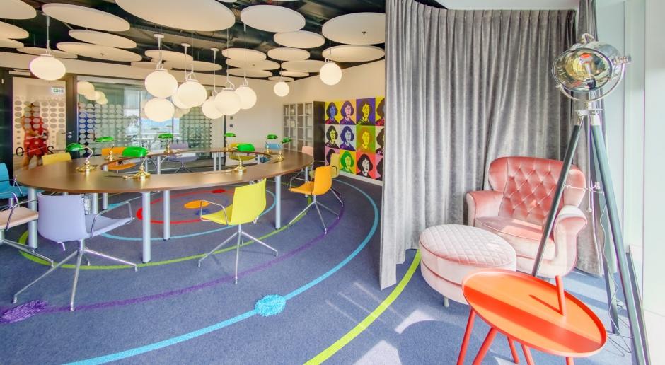 Jeszcze biuro czy już dom? Jak zaczarować przestrzeń do pracy