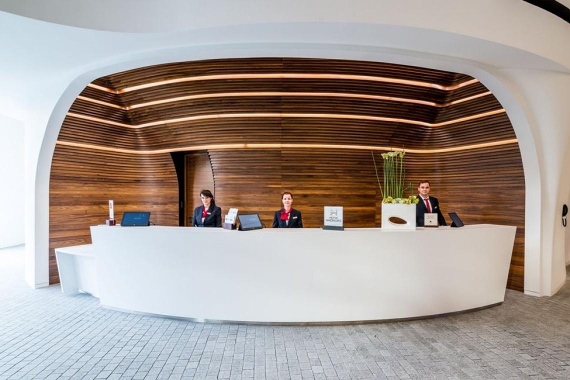 Lobby i recepcja, czyli wizytówka hotelu DoubleTree by Hilton we Wrocławiu