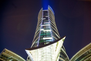 Imponująca iluminacja dla Warsaw Spire