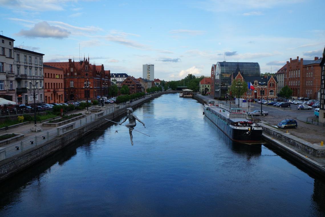 Zabytkowa hala w Bydgoszczy ma znów tętnić życiem. W planach konkurs