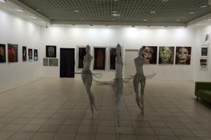Więcej sztuki w galerii handlowej