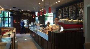 Costa Coffee lubi Mokotów. Wybiera designerski, londyński styl