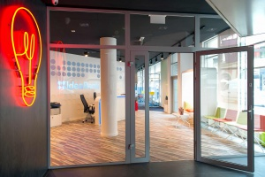 To pierwsza bezpłatna przestrzeń coworkingowa we Wrocławiu. Wyróżnia ją design!