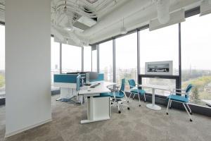 Dobrze zaprojektowane biuro – benefit czy standard?