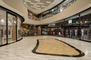 Modernizacja się opłaca. Warszawskie centrum handlowe z certyfikatem