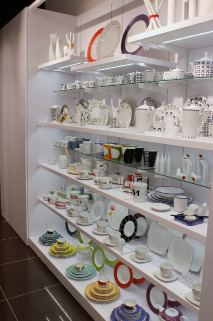 Porcelana Ćmielów i Chodzież zdobywa nowe rynki. Zobacz pierwszy salon w Warszawie