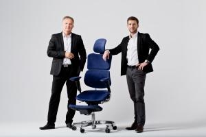 To pierwszy na świecie hybrydowy fotel, który eliminuje problemy z kręgosłupem