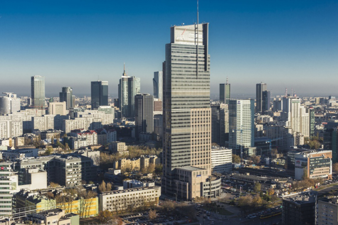 Warsaw Trade Tower nadal zielony