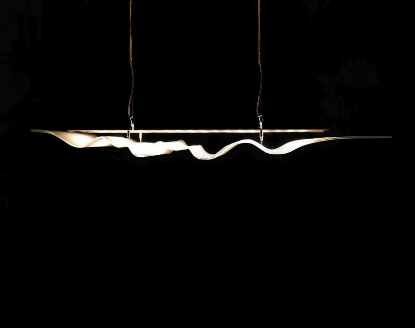 Światło w szklanej oprawie
