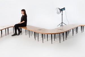 Stół nieskończony - zobacz nietypowy mebel od polskiego projekanta