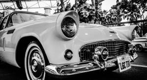Srebro, drewno i płaskorzeźby - czyli jak powstają tzw. samochody kolekcjonerskie