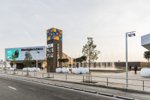 Ciekawa architektura i zielone technologie. Oto pierwsze centrum outlet w okolicy Barcelony