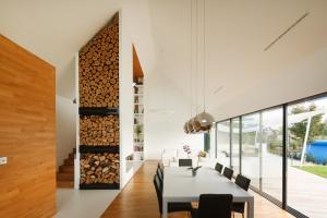 Ściana jak podłoga – nowy trend we wnętrzach?