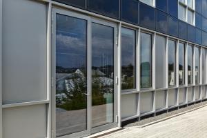 Fasada w stylu high-tech. Oto laboratorium Grupy Otto Fuchs