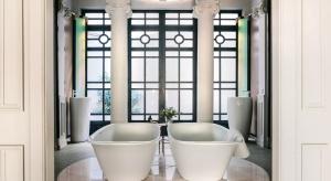 Zobacz łazienkowy showroom w stuletniej kamienicy - to dzieło Patricii Urquioli