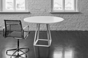 Jak projektować dla biur? Piotr Kuchciński opowie na Forum Dobrego Designu