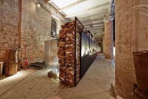 Prowokacyjny temat, 27 ton śmieci i... międzynarodowy sukces