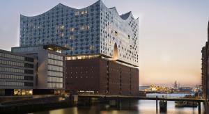 Hotel jak korona od Herzog & de Meuron