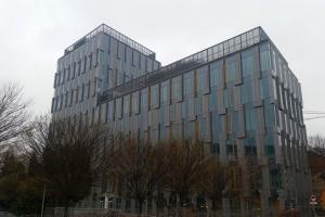 Tak wygląda nowy biurowiec w Warszawie. To EQlibrium od S.A.M.I. Architekci