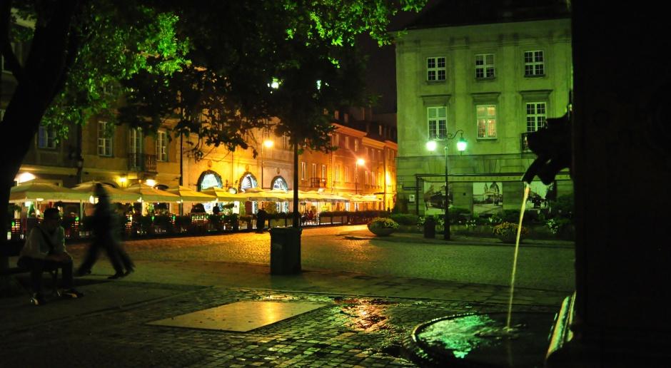 Warszawskie centra lokalne coraz bliżej
