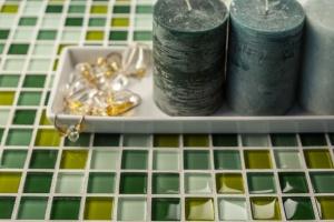 Zimą kolor mile widziany. Jak za pomocą detalu odmienić wygląd płytek ceramicznych?