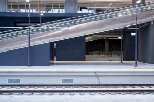 Wjeżdża na stację lokomotywa. Dworzec Łódź Fabryczna komentują media społecznościowe