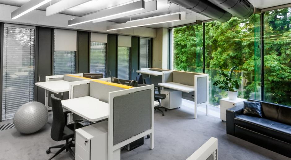 Biurko Cię urządzi, czyli personalizowane miejsce pracy na zamówienie