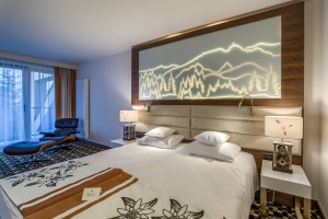 Nowy hotel w kompleksie Nosalowy Dwór Resort & SPA. To projekt Kahl & Gaczorek