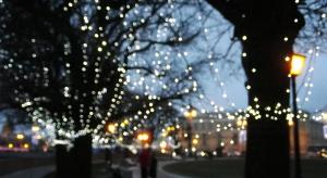 Święta w wielkim mieście. Najciekawsze iluminacje i ranking... choinek