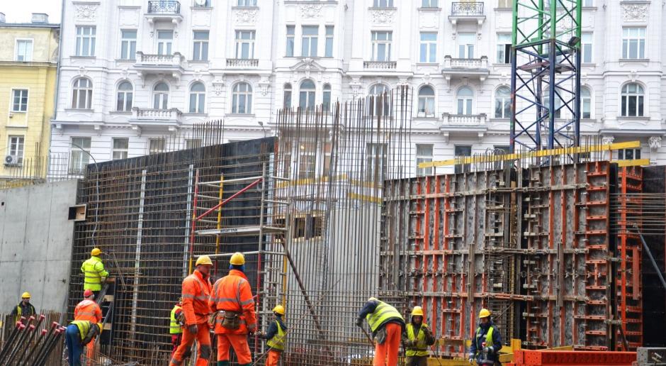 Warszawski CEDET ożywa na nowo. Budowa części podziemnej dobiega końca