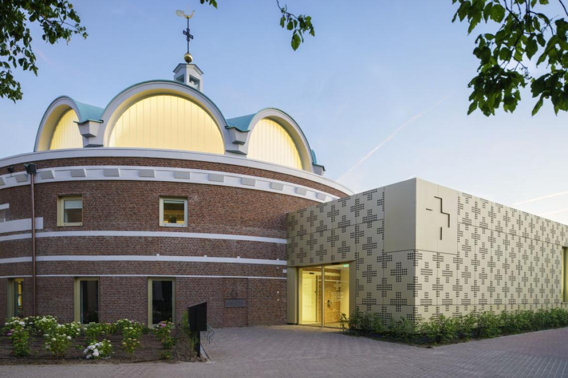 Kaplicę zmieniono w... centrum medyczne