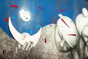 Mural czy płaskorzeźba? Mona Tusz tworzy w Łodzi